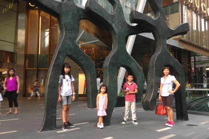 Photos-Singapour-Mme-Vathana-(4).png