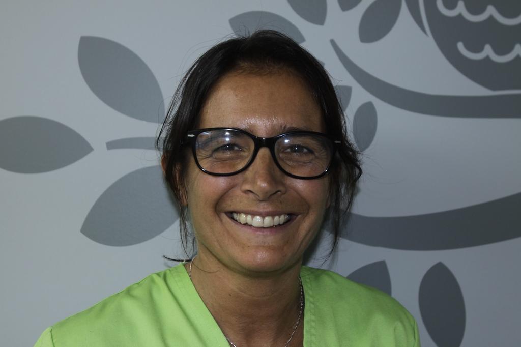 Sandrine, assistante dentaire qualifiée